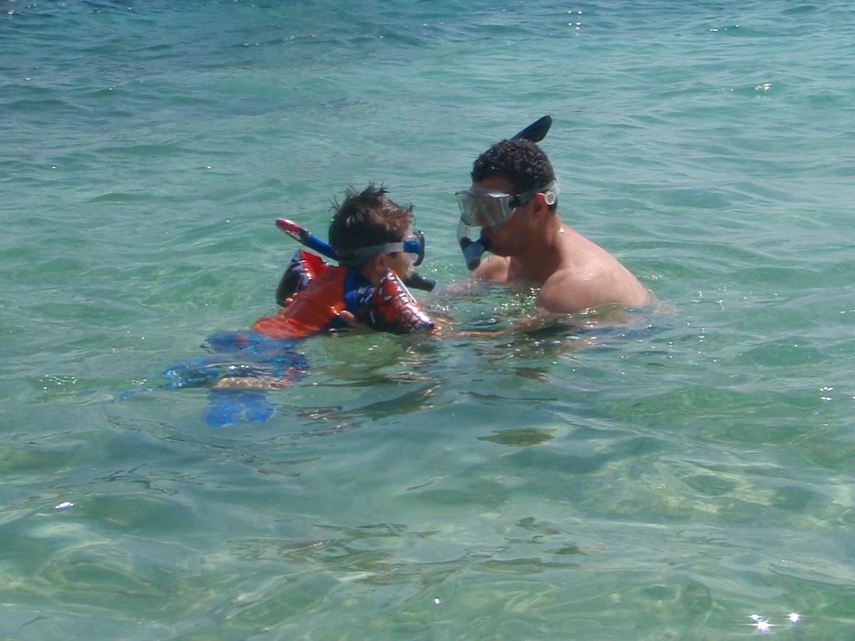 2015 - C Snorkelling near Pirate Island