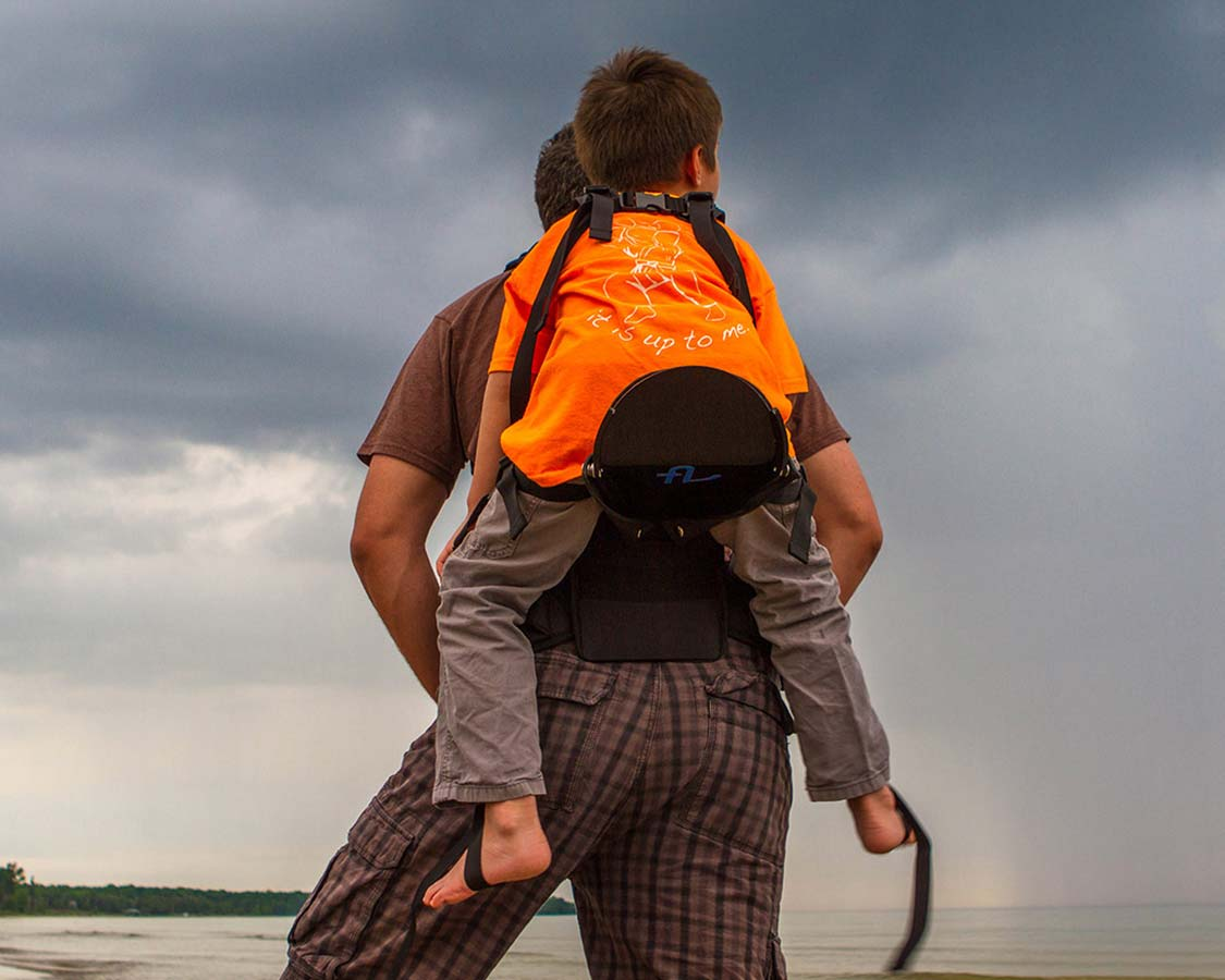 The Freeloader child carrier is a compact and attractive kid carrier capable of carrying children between 25 and 80 lbs