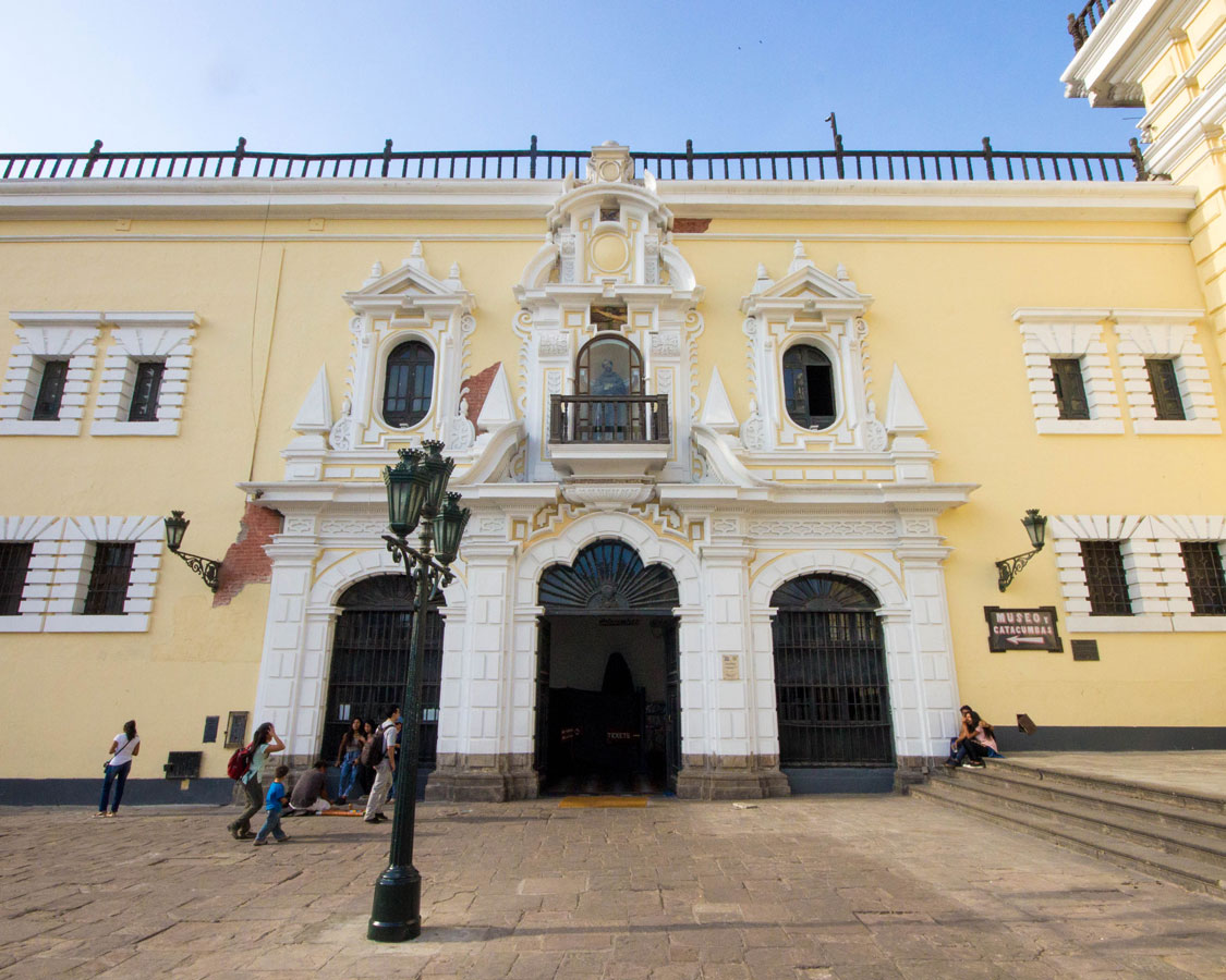 Entering the Catacombs of the Monastery of San Francisco in Lima Peru while we visit Lima Peru with kids