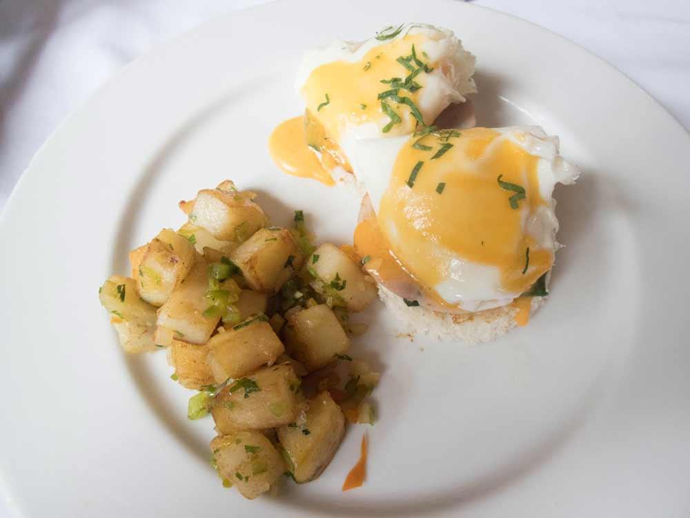 Eggs and Hashbrowns for breakfast at Inkaterra Machu Picchu Pueblo Hotel Peru