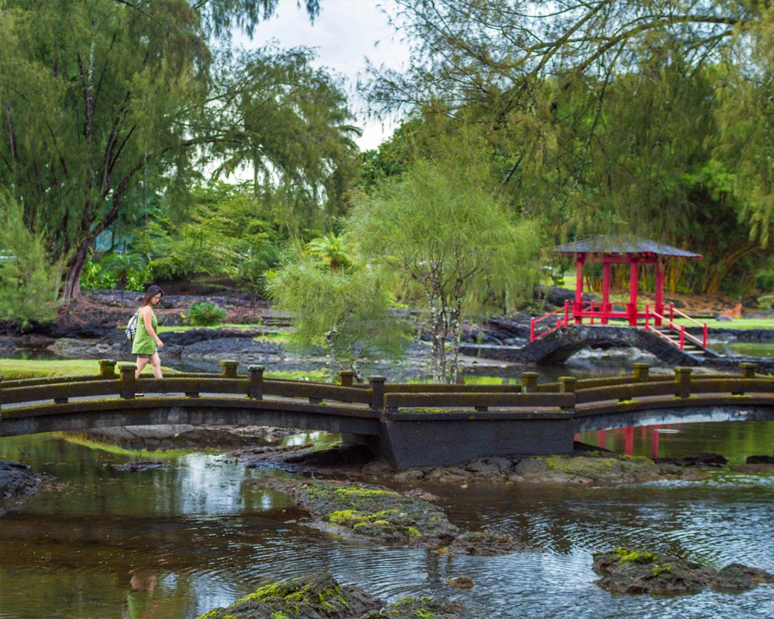 Exploring Liliuokalani Gardens on a 7 day itinerary big island hawaii