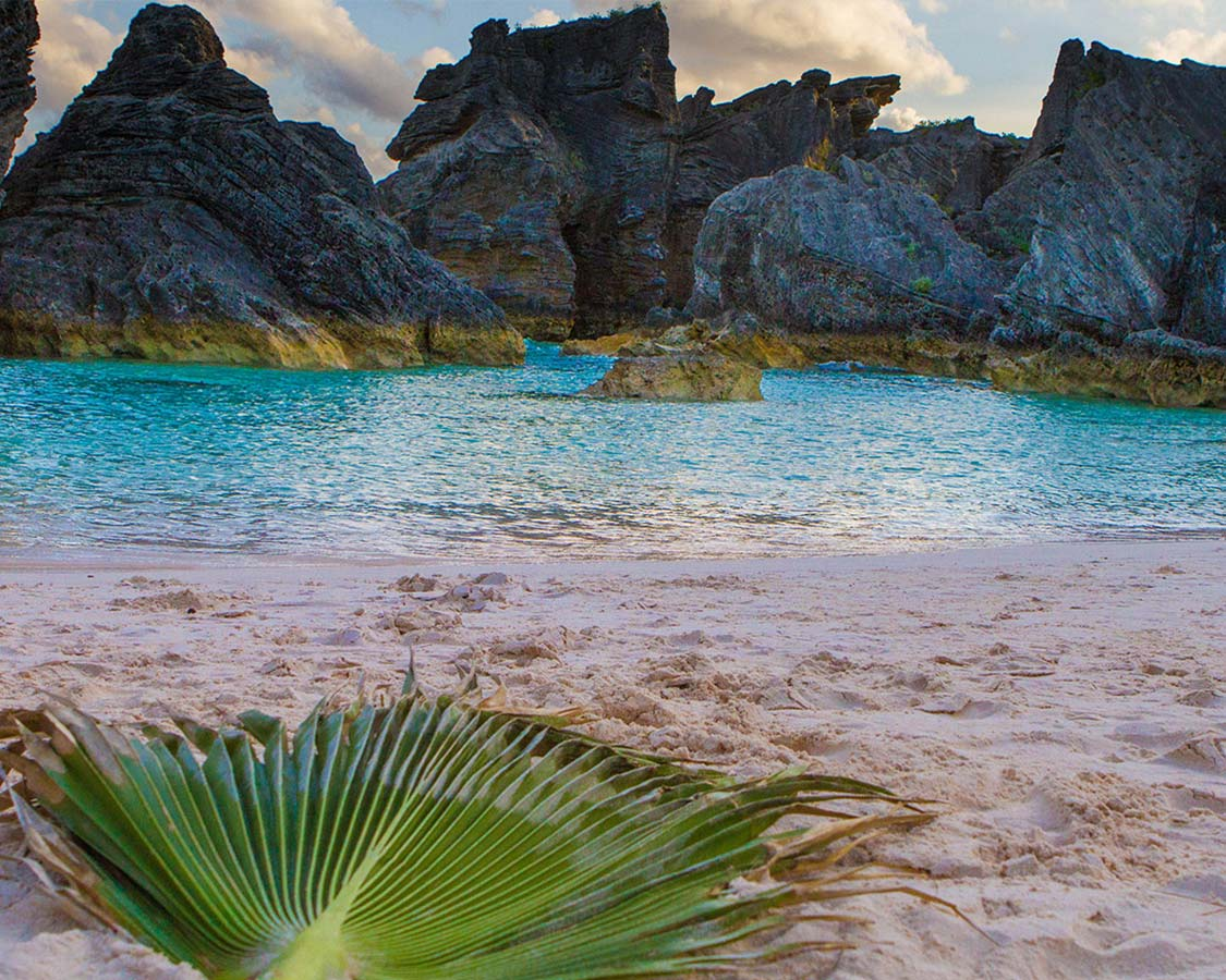 Discover the best beaches in Bermuda for families