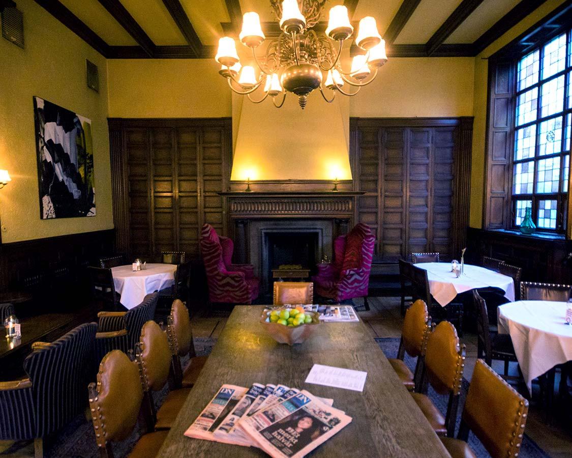 Best Hotels in Bergen Norway - Grand Hotel Terminus Whiskey Bar