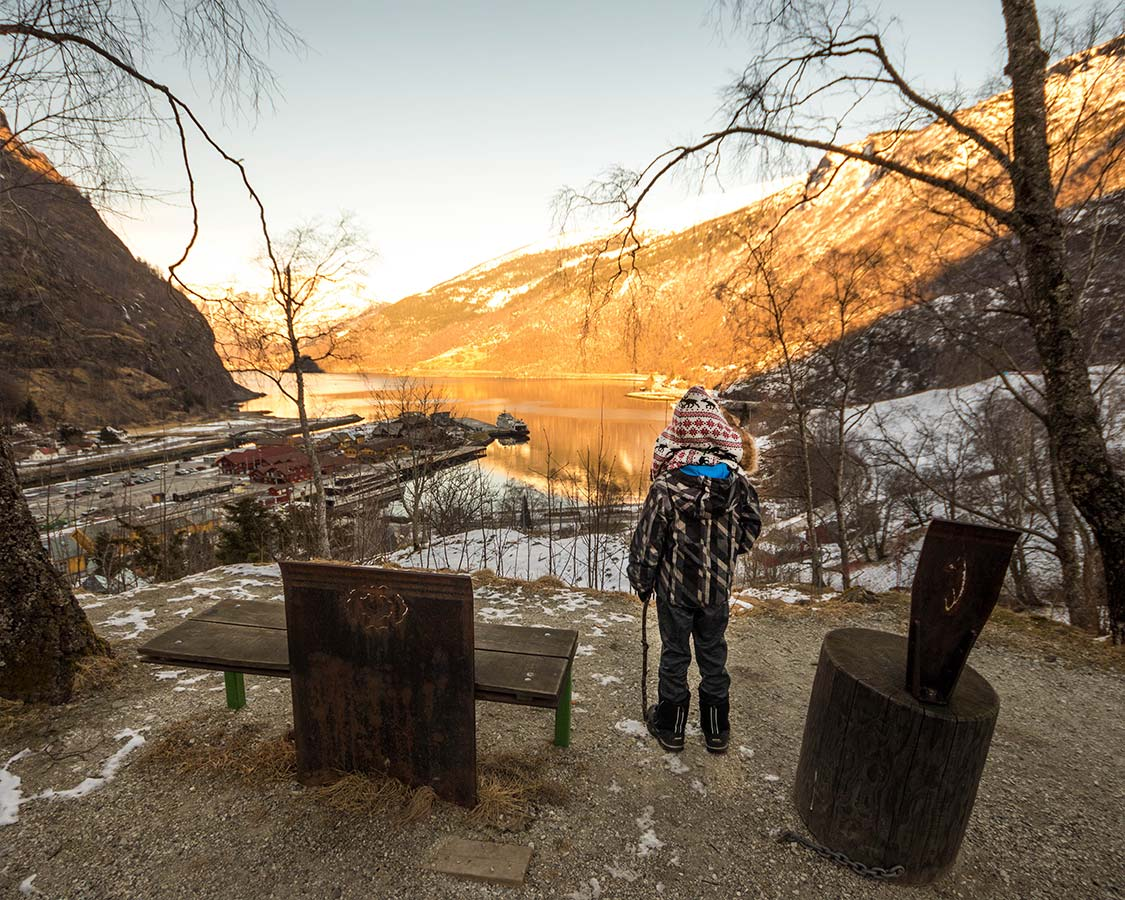 things to do in flam winter hiking
