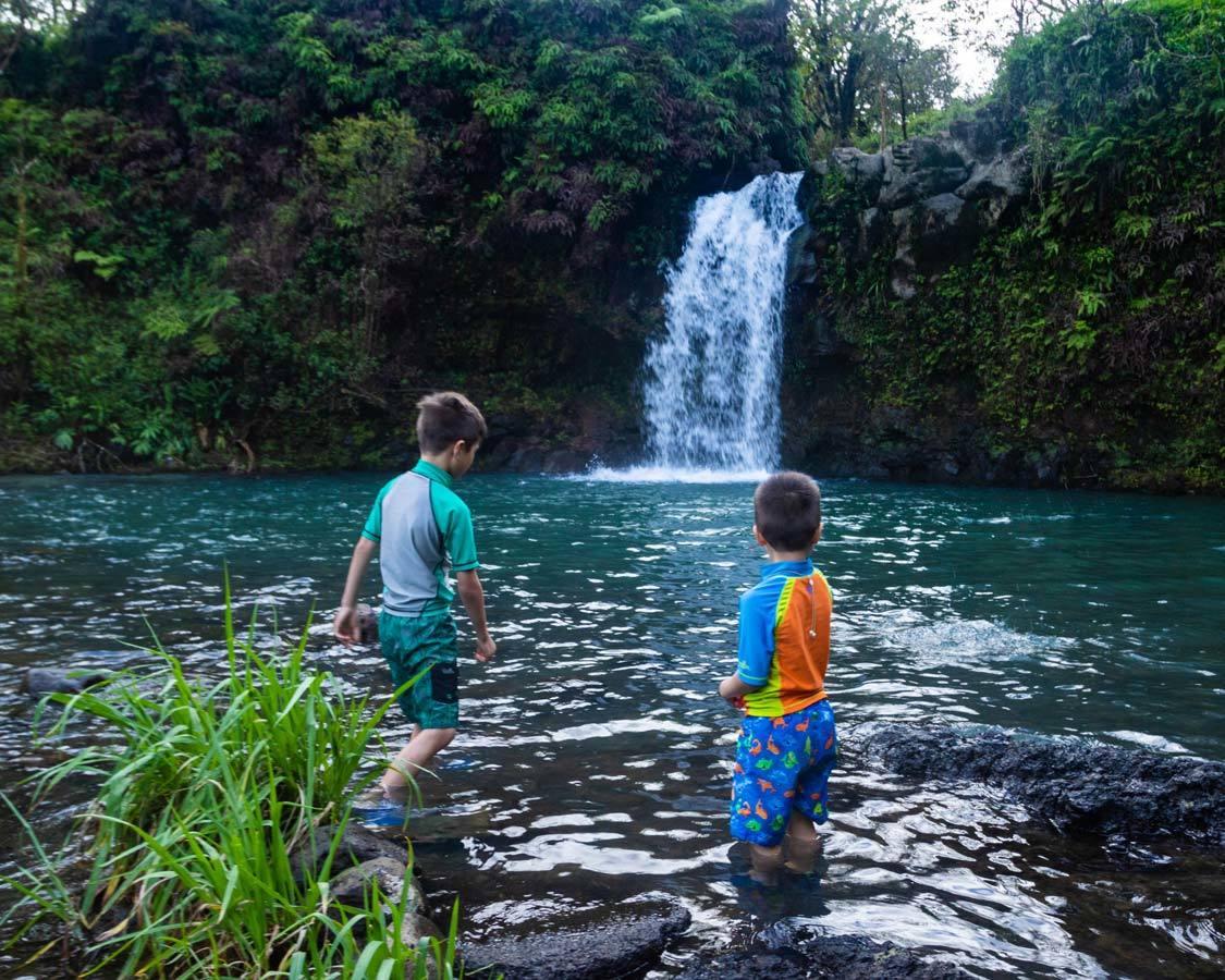 Makapipi Falls Hana Highway swimming