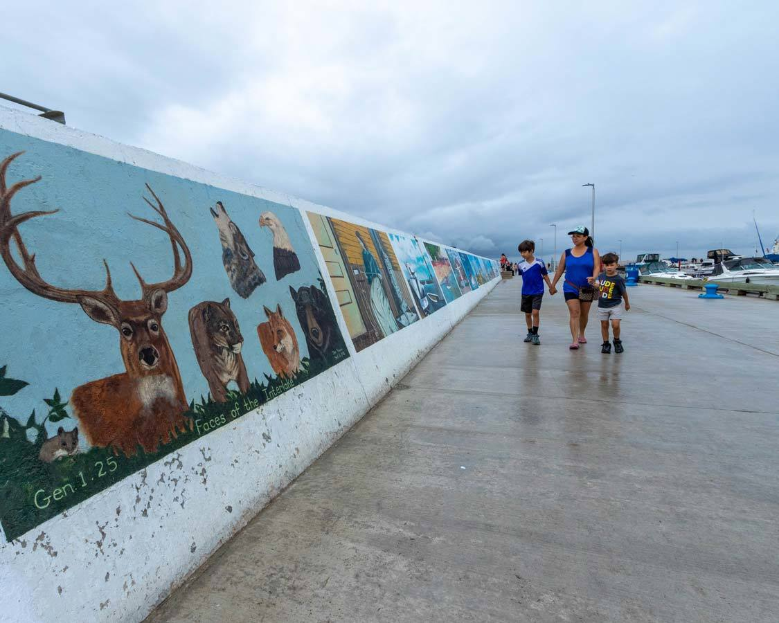 What to do in Gimli Manitoba Sea walls